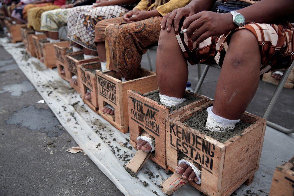 Agricultores protestan contra fábrica de cemento - Noticias de  yakarta