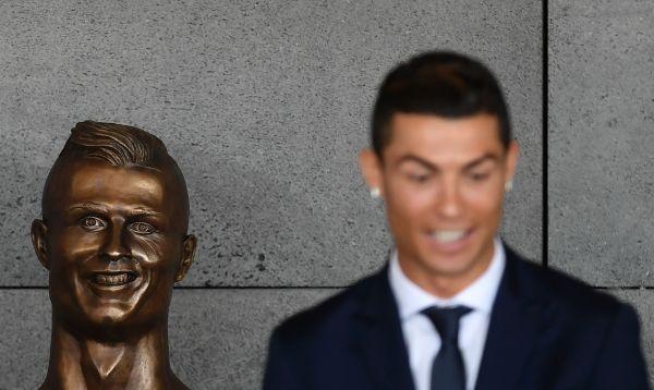 Aeropuerto en Portugal ahora luce nombre y busto de Cristiano Ronaldo