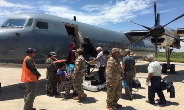 Marina de Guerra continúa con traslado de pasajeros a bordo de Fokker 50