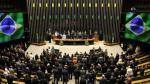 Senado de Brasil aprueba proyecto que fiscales creen frenará investigaciones de sobornos - Noticias de carlos victoria