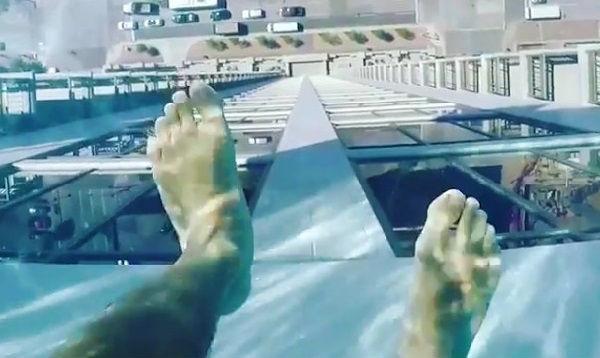 """EEUU: Estrenan piscina que te permite """"nadar sobre el aire"""" - Noticias de rascacielos"""