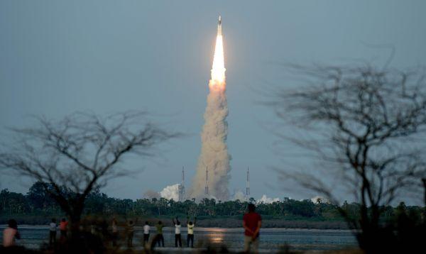 India da otro paso en su programa espacial con lanzamiento de 'megacohete' - Noticias de satélite