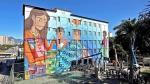 """""""Cuentos"""", el mural más grande del mundo diseñado por una mujer está en Brasil - Noticias de grafiti"""