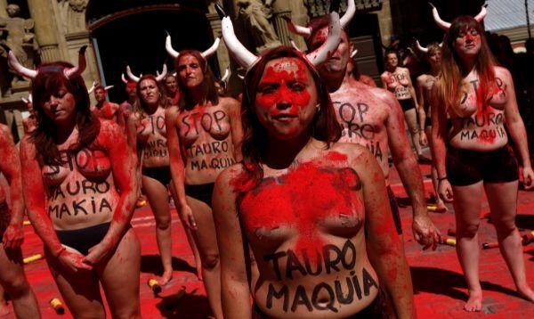 España: Protestan contra las corrida de toros