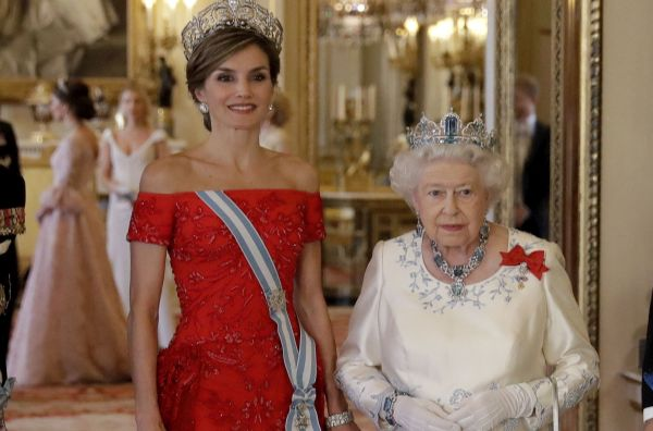 Encuentro de reinas en Londres: Isabel II y Letizia - Noticias de reina isabel ii