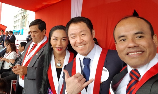 Kenji Fujimori asistió a desfile por Fiestas Patrias y pide buscar reconciliación del país - Noticias de perú