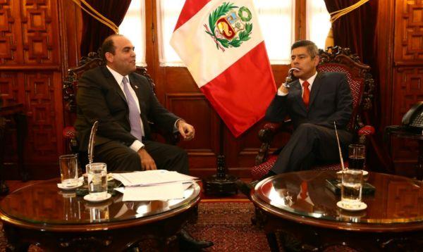 Fernando Zavala se reúne con Luis Galarreta en Congreso de la República - Noticias de sergio davila