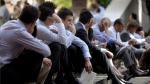 Estadounidenses en busca de empleo aceptan sueldos más bajos - Noticias de fed
