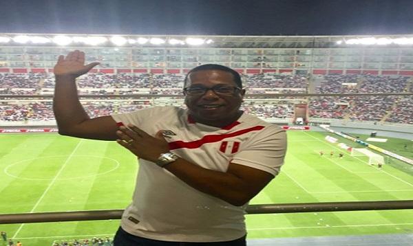 Perú - Bolivia: Embajador de los Estados Unidos alentó a la selección - Noticias de perú