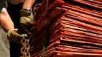 Cobre cae arrastrado por datos negativos de China - Noticias de metales basicos